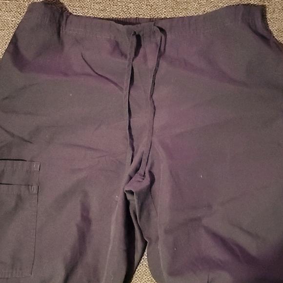 SB scrub pants